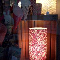 lampe papier japonais fleurs pourpres agnes clairand