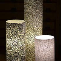 lampe papier japonais motifs bleus noirs et pourpres agnes clairand
