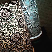 lampe papier japonais noir blanc et bleu agnes clairand