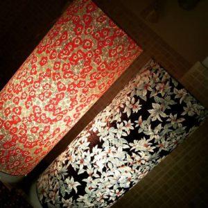 lampes papiers japonais motifs rouges et noirs agnes clairand