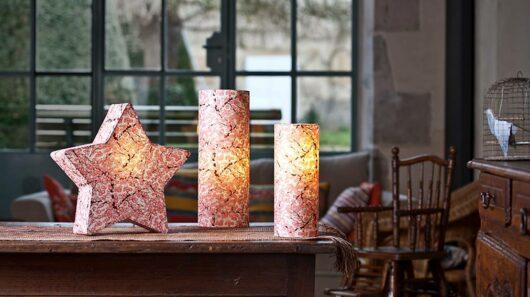 Lampe en papier japonais rose