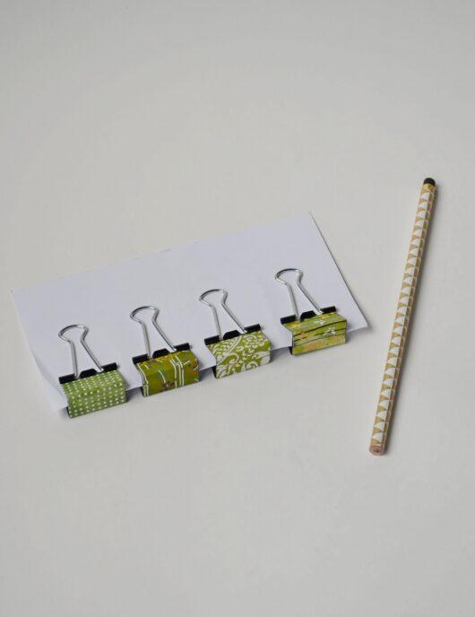Pince vert en papier japonais
