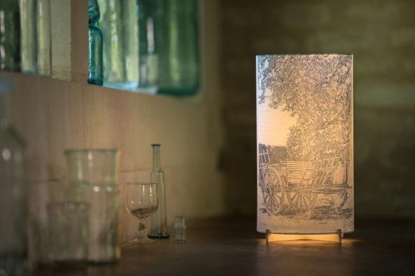 Lampe d'artiste en papier japona