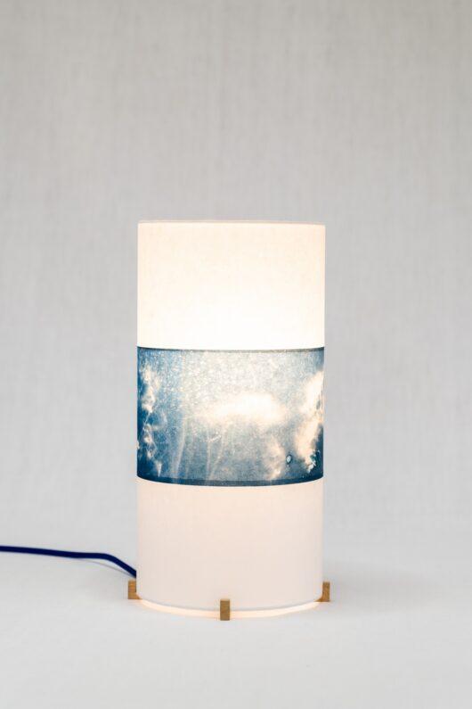Lampe de chevet clématite sauvage en cyanotype