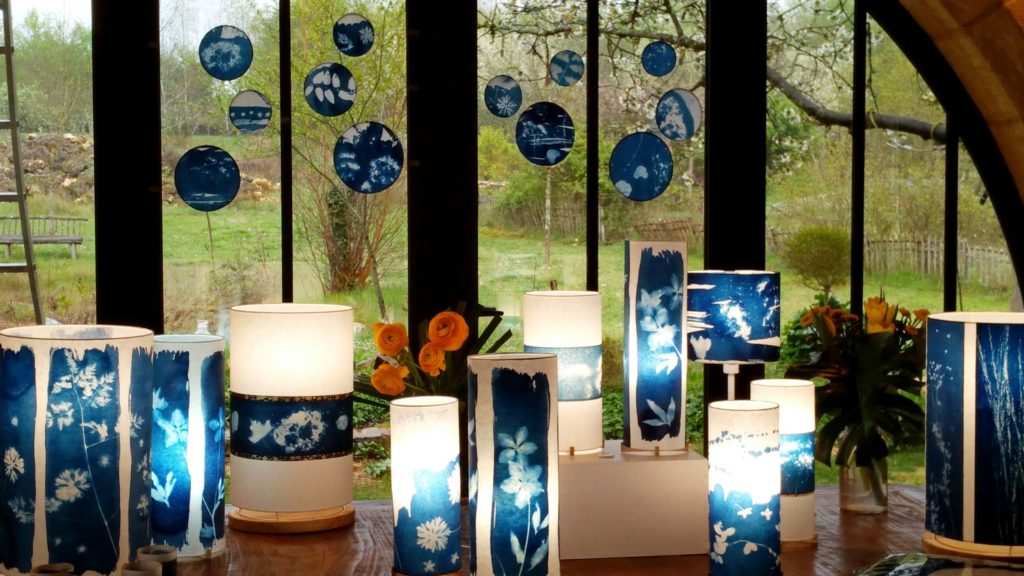 Lampes bleu de prusse en cyanotype