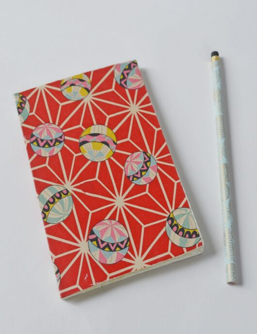 Papeterie en papier japonais aux balles