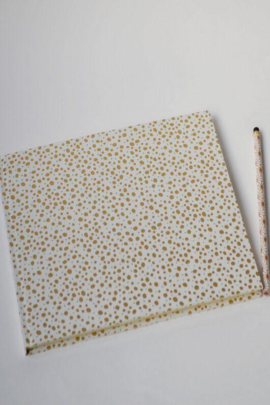 Carnet à pois en papier japonais